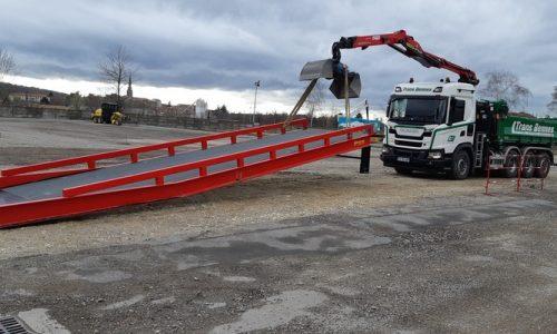 8x4 grue manutention rampe